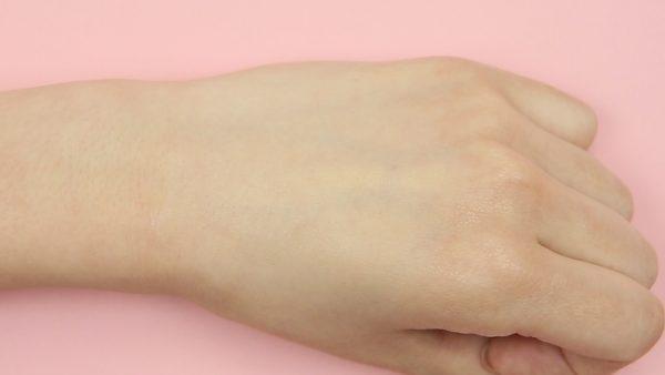 プリマヴィスタ 皮脂テカリ予防下地 セザンヌ マキアージュ 夏 化粧下地 皮脂 テカリ 化粧崩れ 長持ち DINETTE